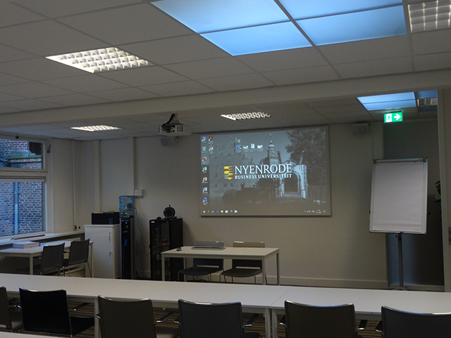 Classroom with FullVision screen