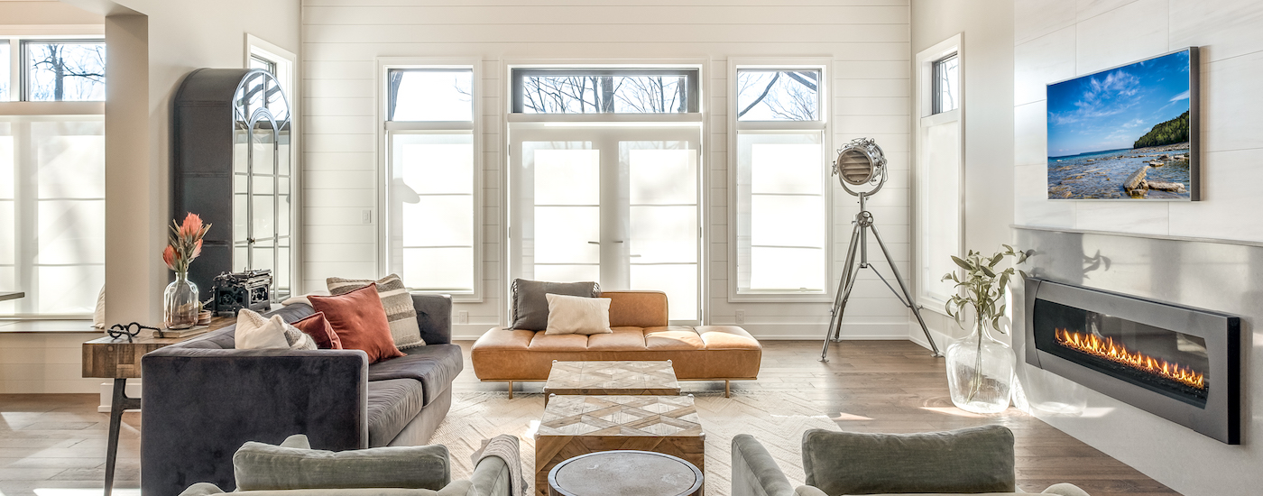 Banner_Image_Qmotion_Living_Room-