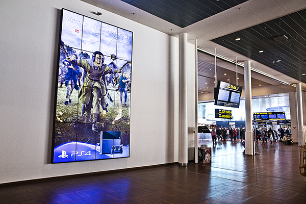 Airport Video Wall